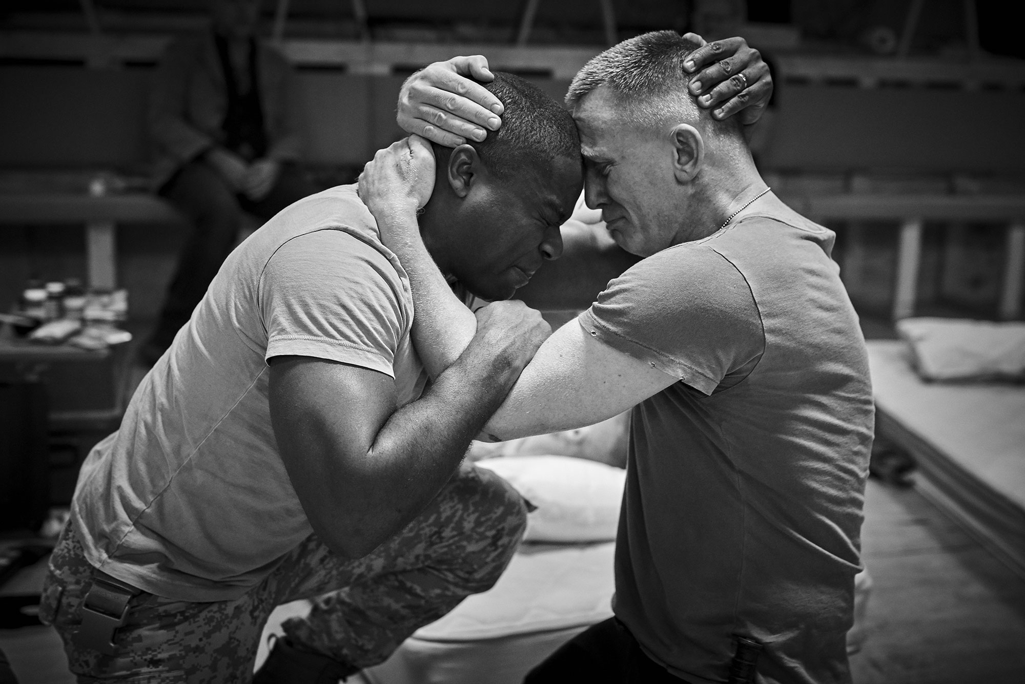 David Oyelowo as Othello and Daniel Craig as Lago