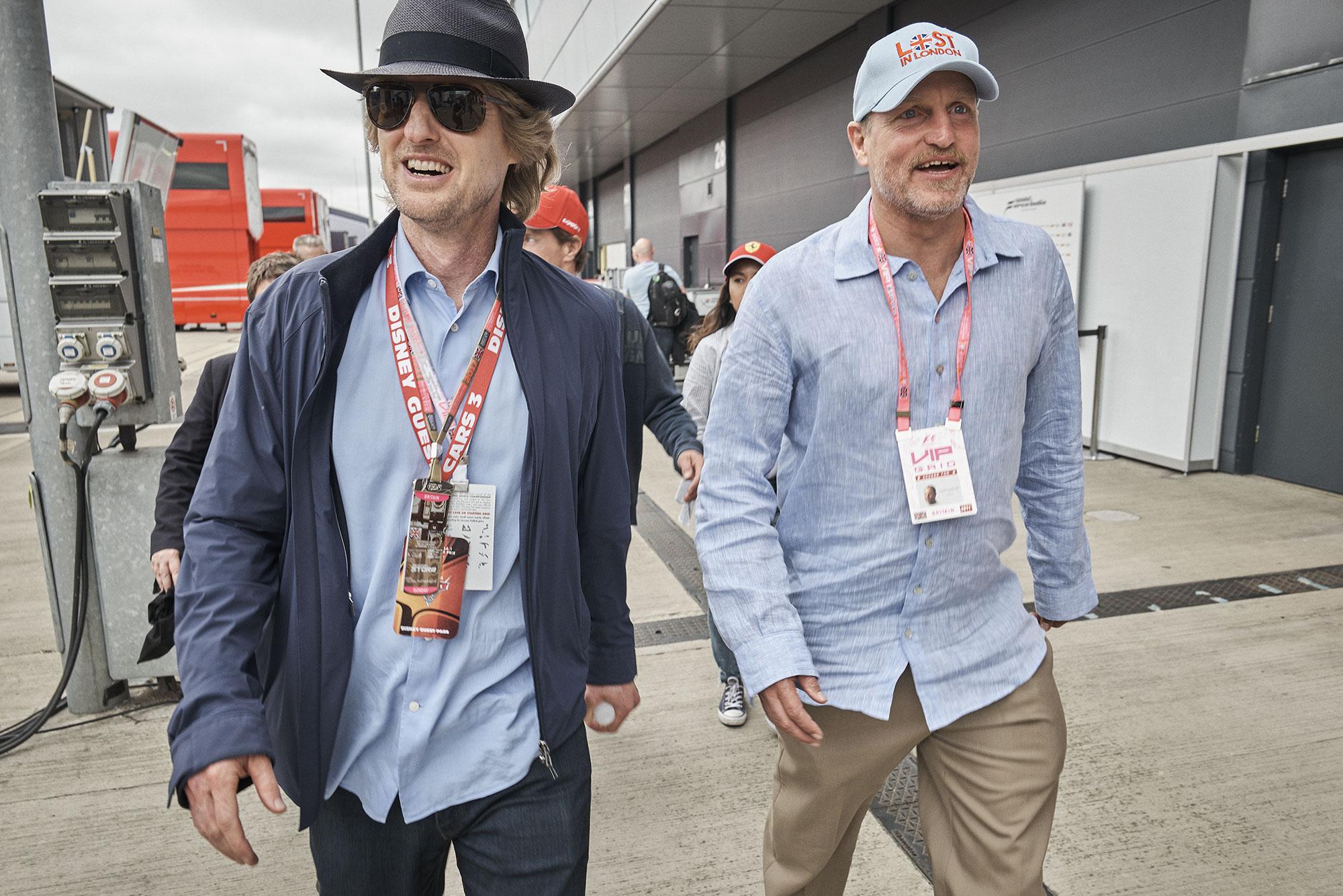 Owen Wilson and Woody Harrleson