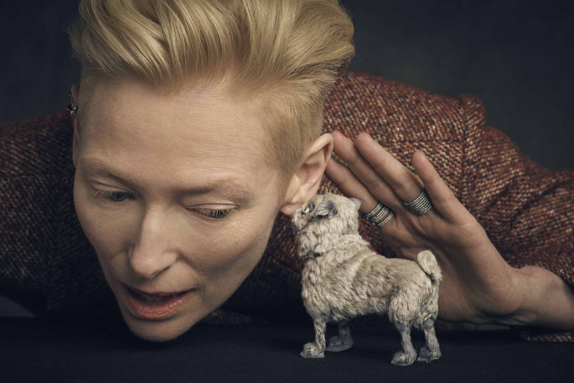 Tilda Swinton and Oracle.